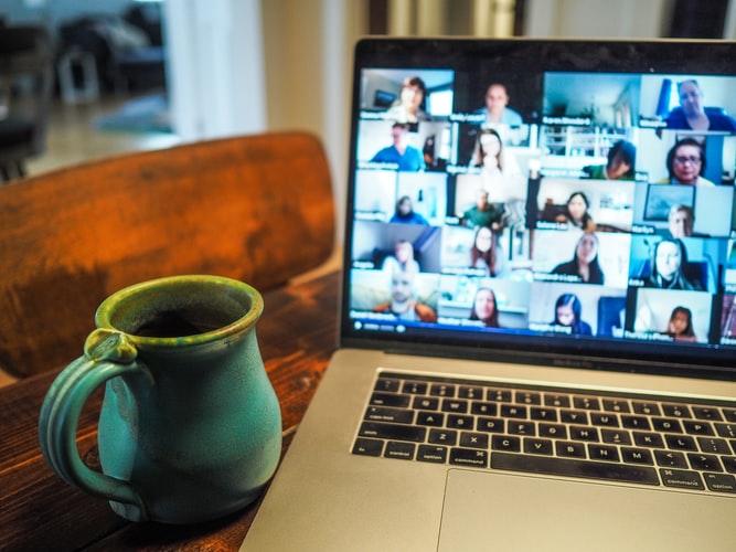 Onboarding de colaborador online: confira 4 dicas!